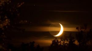 Coucher de lune dans Nature demi_lune-300x168